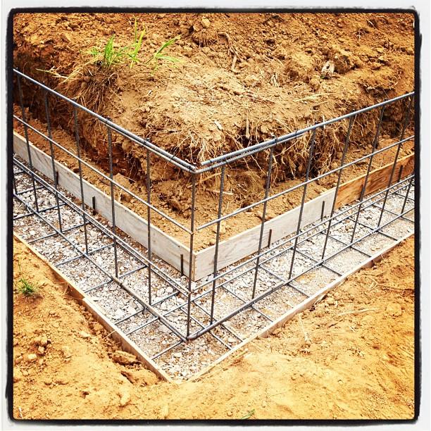 foundation construction綺麗な鉄筋の基礎が立ち上がりました(^^)