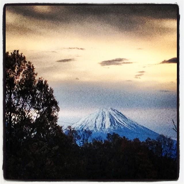 mt.fuji気温2.4℃ 曇り寒い…富士山は綺麗(^^)