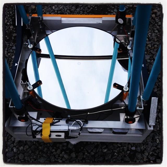 reflecting telescopeハンドメイド望遠鏡^^ 凄い!コンパクトで機能的な反射望遠鏡が 40センチ越えなのは驚き^^