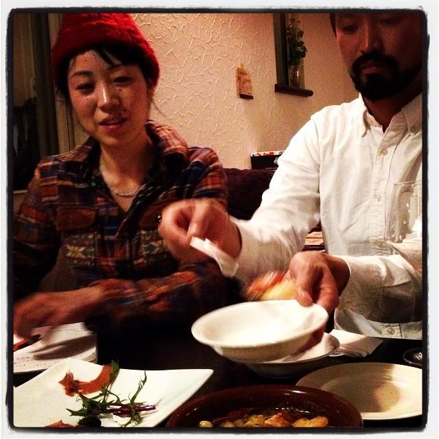 make an arrangement 披露宴の料理を作らせてもらうことに^^昨晩はその打ち合わせに^^