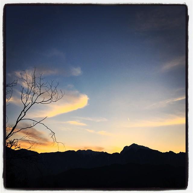 sun declines 今日もまた 陽が沈んでいきました^^ 今日もまた綺麗な夕陽でした^^