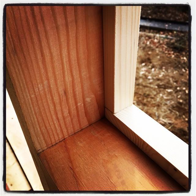 joiner's work 開口部の窓枠作業が続いています^^ミリ単位での仕事は難しい^^;