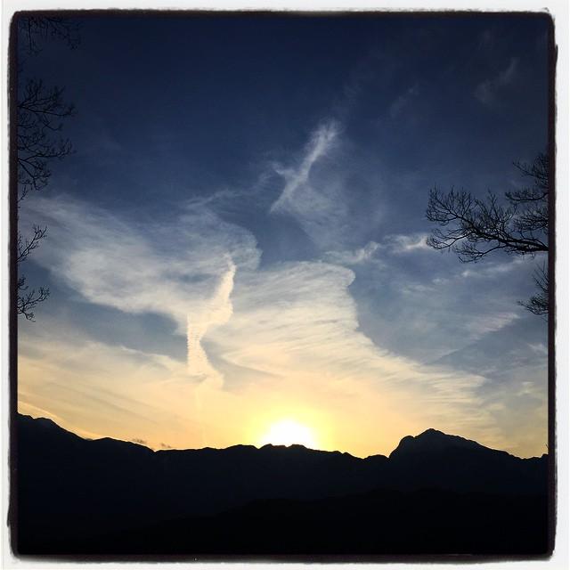 zona 今日もまた 綺麗な夕陽でした^^ この後 天気予報では雪^^; さてどうなるでしょう^^