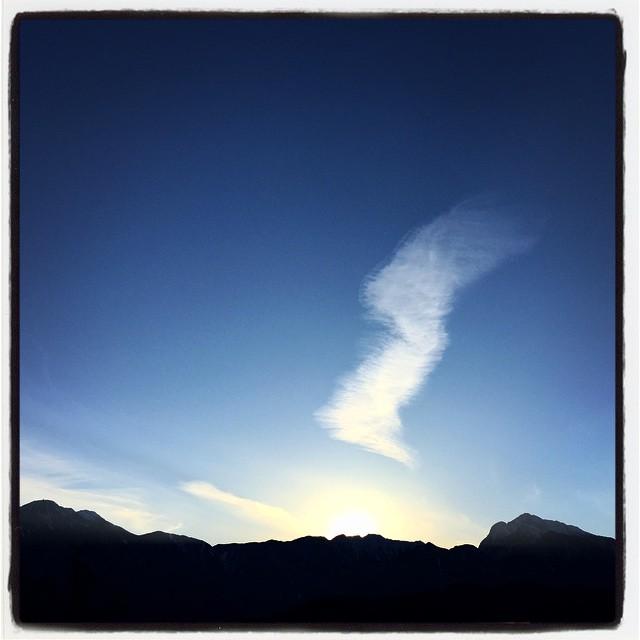 beribboned 今日の甲斐駒ヶ岳への夕陽は 飾りつきだった^^