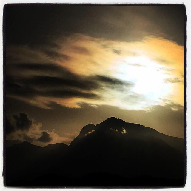 mt.kaikoma 甲斐駒ヶ岳の陽が綺麗^^ #nagasakabase #甲斐駒ヶ岳