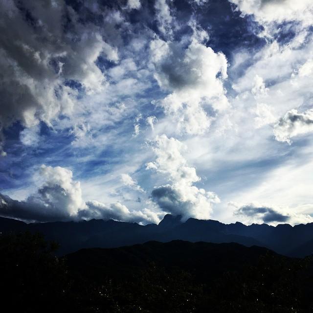 mt kaikoma久しぶりに山が見えました^^甲斐駒ケ岳の山頂はあと少しでまだ見えません^^; #nagasakabase #mountainmountain #そんなあなたはスパイシー