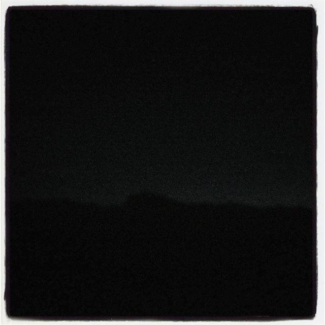 line 寒さに比例して 今夜も星がよく見える^^ ここ数日 家から空を見上げると天の川^^オリオンからは流れ星^^ 空気澄んでて アルプスの稜線もよく見える^^ iPhoneの写真は微妙^^; #nagasakabase #mountainmountain #そんなあなたはスパイシー #beek05
