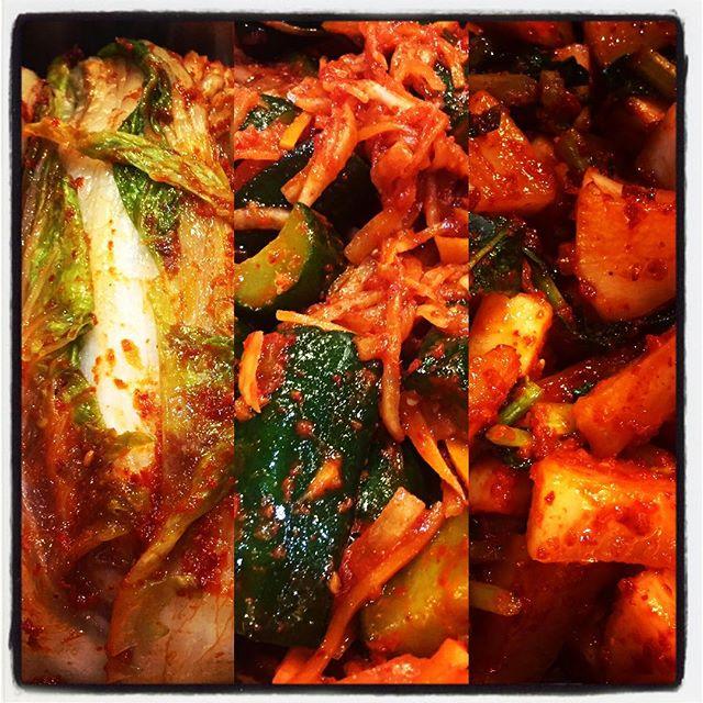 kimchi 白菜、カクテキ、オイキムチの三種類を漬けこみました^^ 一晩たてば味が熟れ二晩たてばさらにいい感じに三日もすれば^^ #nagasakabase #mountainmountain #そんなあなたはスパイシー #beek05
