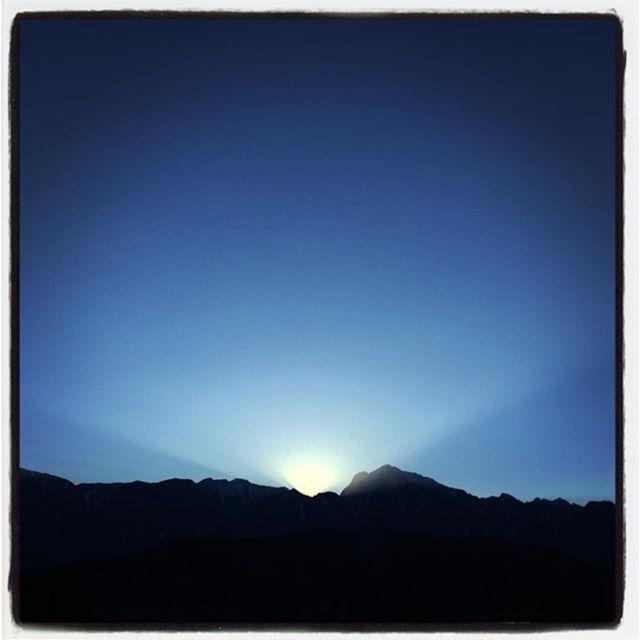 candlelight 寒いけれどいちにち太陽が照っていました^^アルプスに沈む夕陽もキレイに^^ #nagasakabase #mountainmountain #そんなあなたはスパイシー #mountainlife