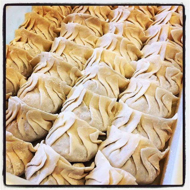 dumpling 餃子をいっぱい包んでみました^^ #mountainmountain #nagasakabase #そんなあなたはスパイシー #dumpling