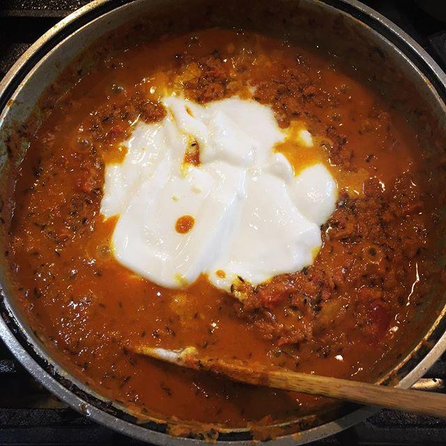 hidden flavor スパイスの他に 野菜は勿論ですが 様々なモノを加えて行きます^^ #mountainmountain #nagasakabase #そんなあなたはスパイシー#curry #mountainlife #phakchi