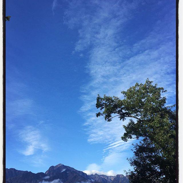 good mo 雨降って 風吹いて 朝からいい天気^^ 寒いけど^^; #nagasakabase #mountainmountain #そんなあなたはスパイシー #mountainlife