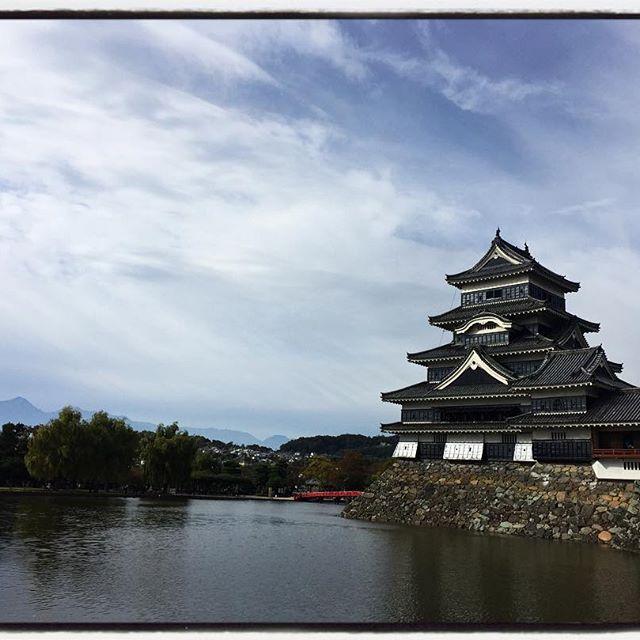 matsumoto castle 北アルプスまで見えてました^^ #mountainlife #Matsumoto #Matsumotocastle #nagasakabase #mountainmountain #そんなあなたはスパイシー