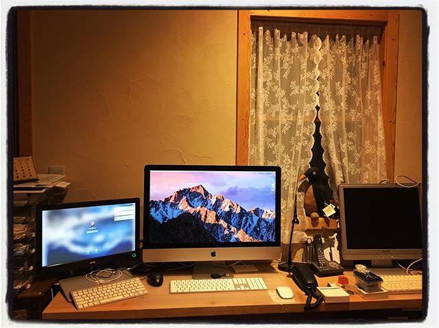 space Mac周辺を整理^^ スッキリとしたけれど 反対側の作業台は・・^^; #nagasakabase #mountainmountain #そんなあなたはスパイシー #mountainlife