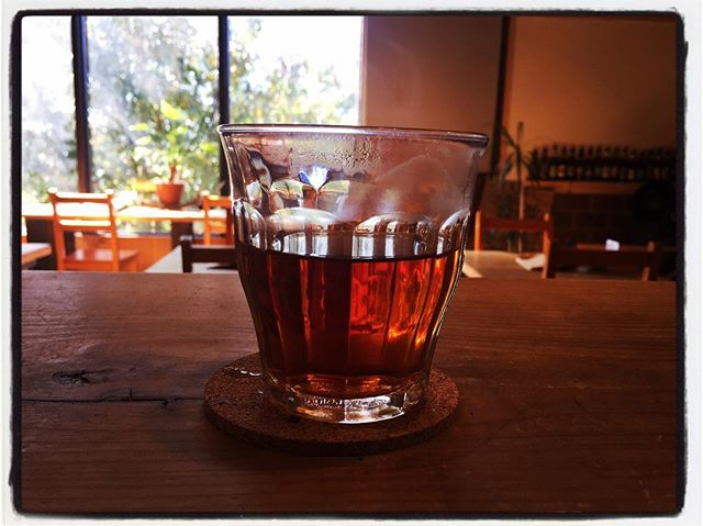 tabicha 本日は 烏龍茶︎ あたたかいので すっきり目に入れてあります︎ #お茶を飲みながら旅気分 #そんなあなたはスパイシー #tabicha #nagasakabase #mountainmountain #mountainlife